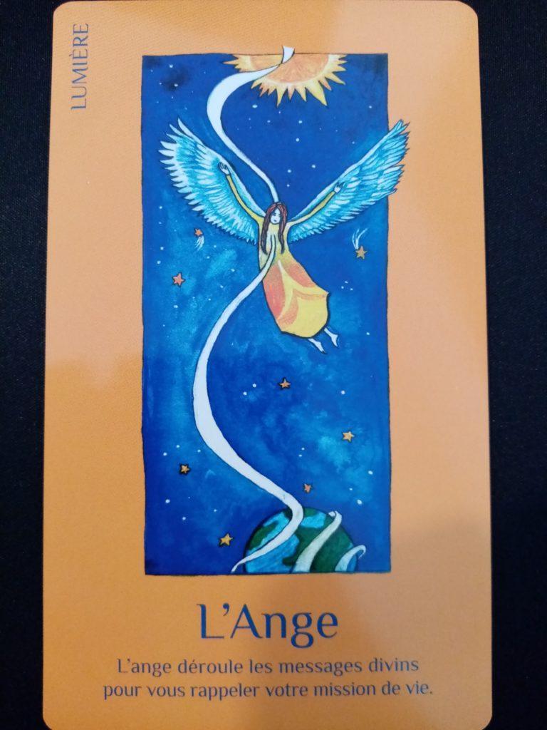 l'ange des cartes de lumière